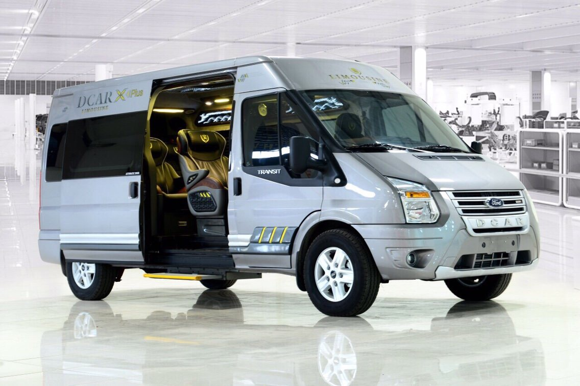 Ford-Transit-Dcar-Limousine-thang-long-ford